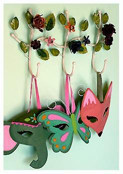 Masks.b