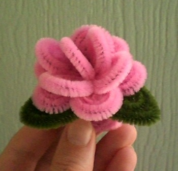 & pretty little things: pipe cleaner dreams