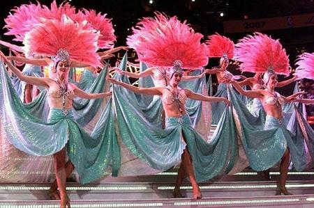 Showgirls450